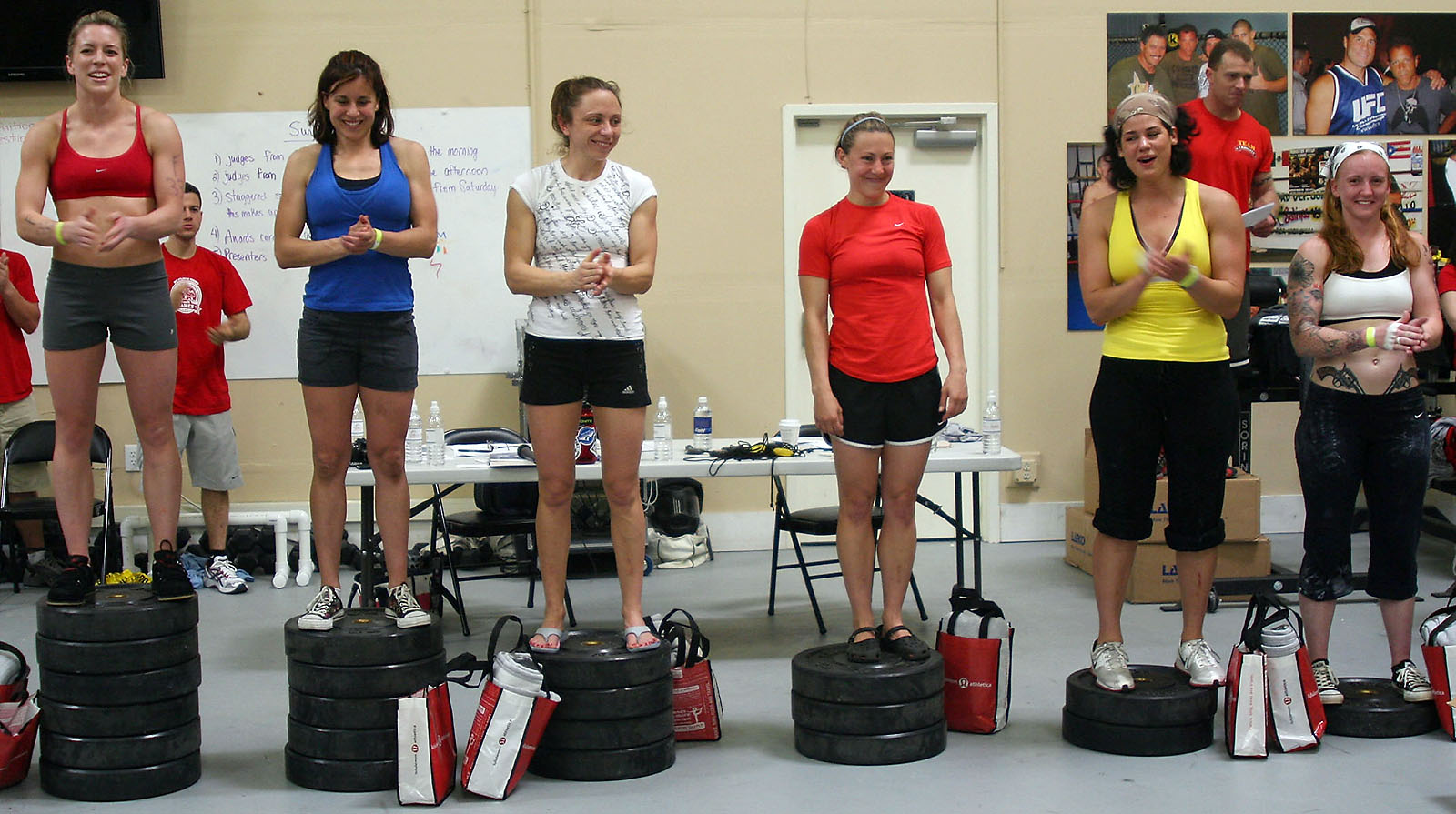 http://games2009.crossfit.com/QualFinalFemale.jpg