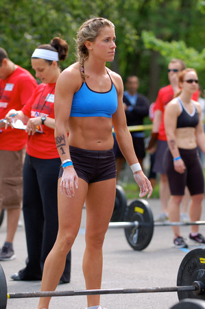 Crossfit Body Women 2009 CrossFit G...