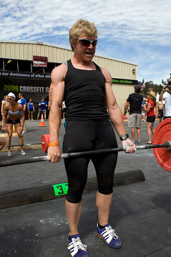 Game09_TopFemaleDeadlift.jpg